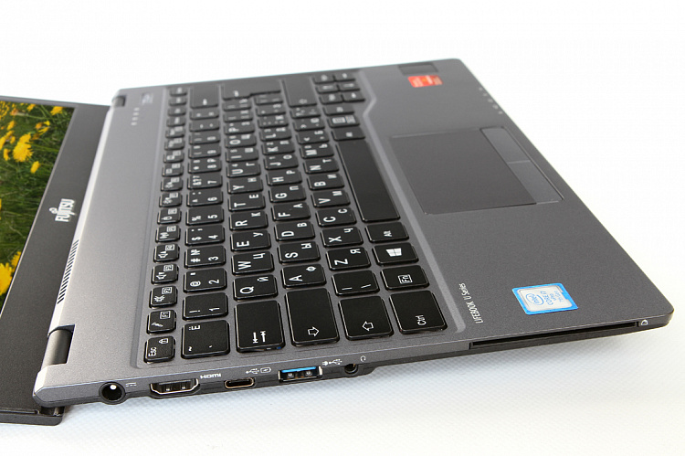 Ноутбук Fujitsu LIFEBOOK U938 black, Full HD IPS Non-Touch Anti-glare Fujitsu LKN:U9380M0002RU/SSD1TBPCIe/20GB